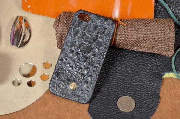 Чехол-накладка Colosseo Premium для Apple iPhone SE/5S/5 (змея синяя)