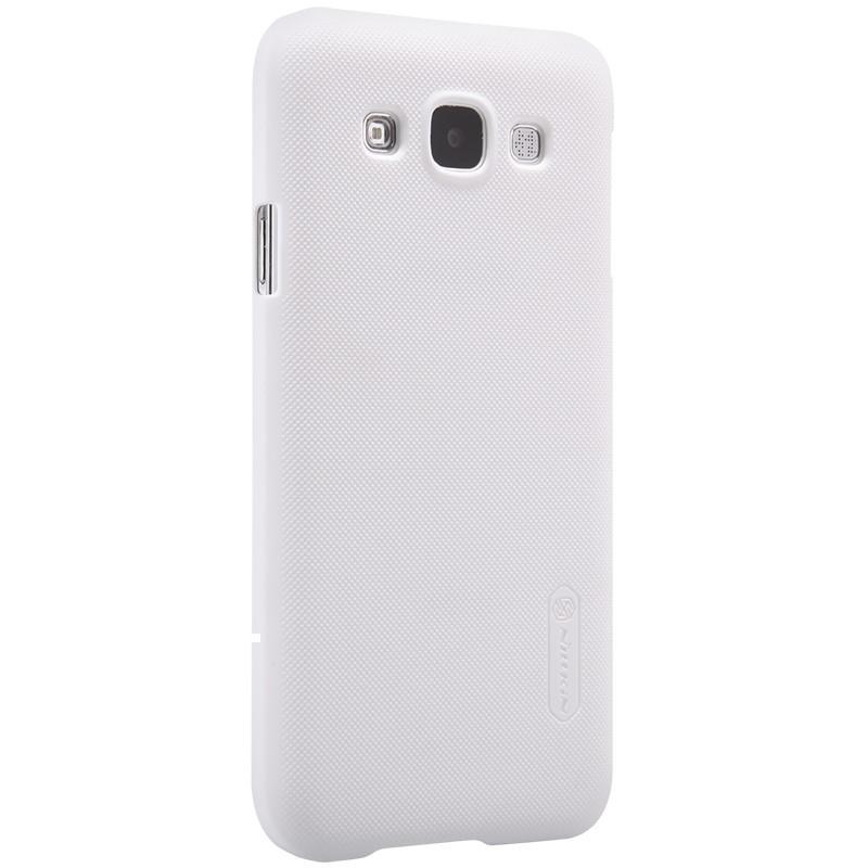 Купить Чехол-накладка Nillkin Frosted Shield для Samsung Galaxy E5 (SM-E500) пластиковый (белый)